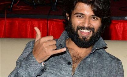 Handsome Hunk Vijay Deverakonda At Dear Comrade Trailer Launch