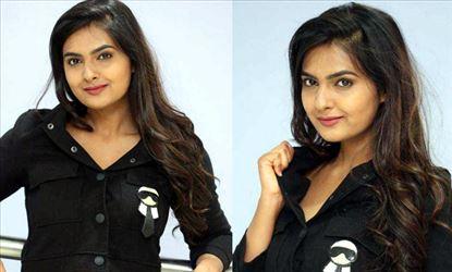 Actress Neha Deshpande Images