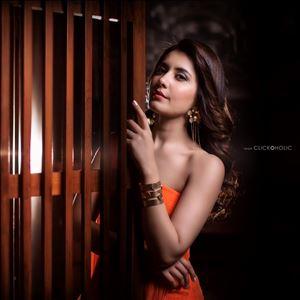 Actress Rashi Khanna Latest HD Unseen Photos