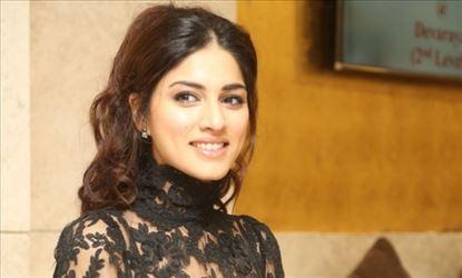 Actress Sapna Pabbi Latest Gallery
