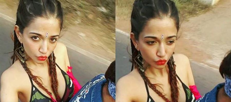 Anaika Soti enjoys her vacation Unseen Hot Photos