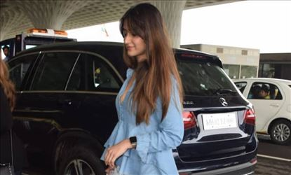 Ileana Spotted At A Parking Space In Juhu