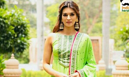 Kriti Sanon So Gracious In Green Traditional Dress