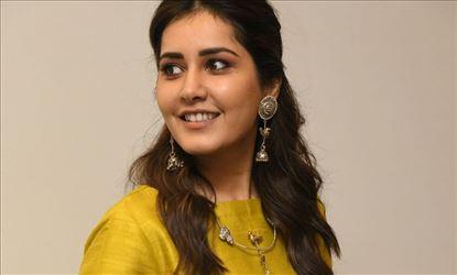 Raashi Khanna Looks Ravishing In These Stills