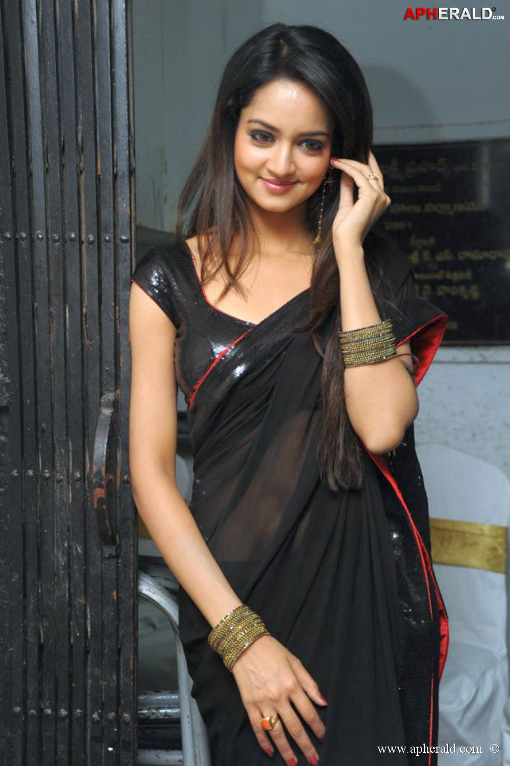 Hot sexy shanvi porn nude fake photos that's something