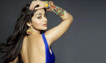 Shriya Saran Hot Photoshoot Stills