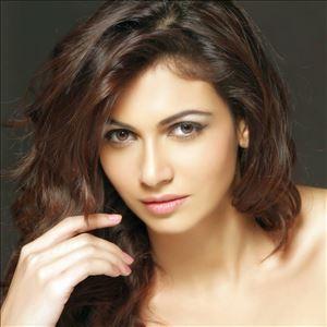 Simran Kaur Mundi Actress Hot HD Pics Gallery