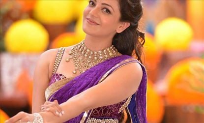 Tempting Kajal Aggarwal Exposing Her Hip In These Photos