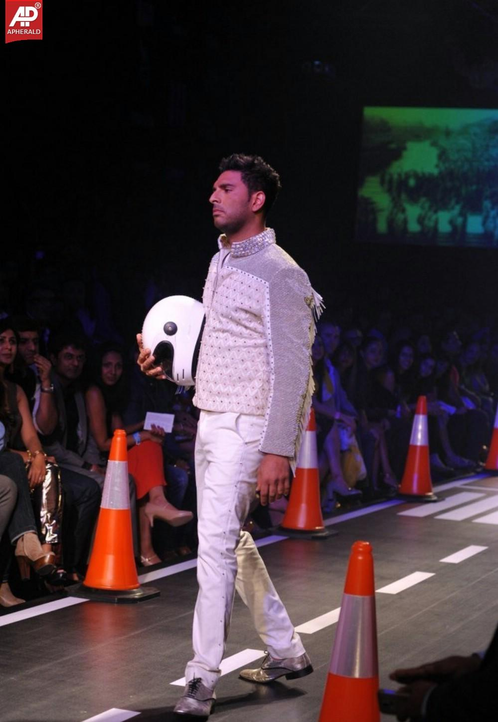 Yuvraj Singh Ramp Walk At LFW Winter Festive 2014 Day 4