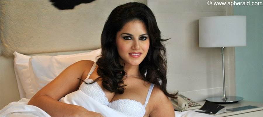 Porn Actress enters Malayalam Film Industry