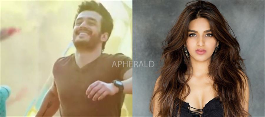 Oh No... Not Again... Young Actress made to 'Wait'... Akhil's Next Under Cloud...?