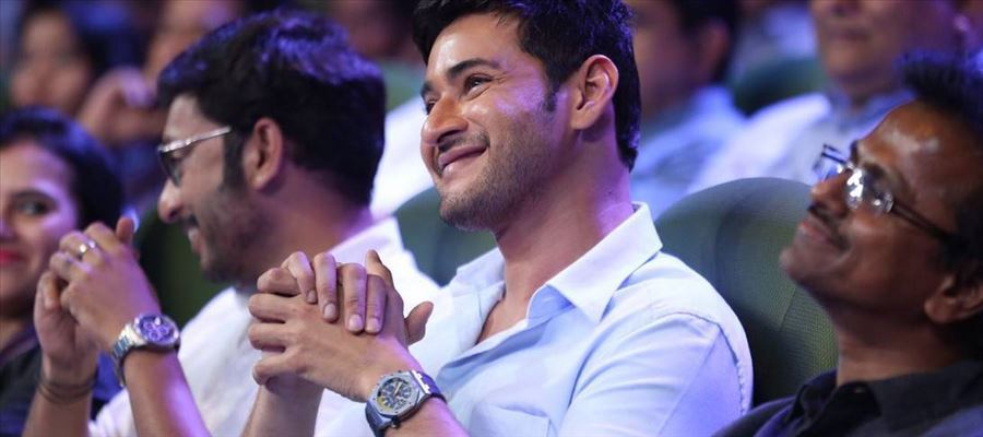 AR Murugadoss tries to Woo Mahesh Babu - But Mahesh Babu totally ignores ARM after the Flop