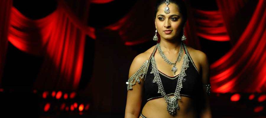 'Natural Star' to work with Anushka Shetty ??