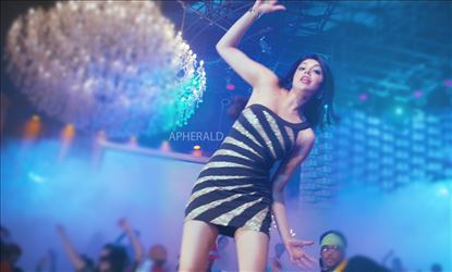 OMG... For Real...? Kajal Aggarwal in PARTY ??