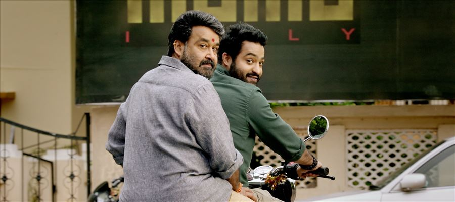 The 'Janatha Garage' Bonding continues between Mohan Lal and Tarak