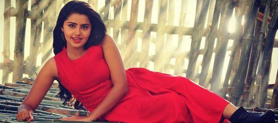 Young Mallu Actress gets a Festive Release
