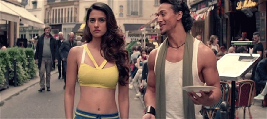 Telugu Crime Hit Movie goes to Hindi - Disha Patani to act with her Boyfriend