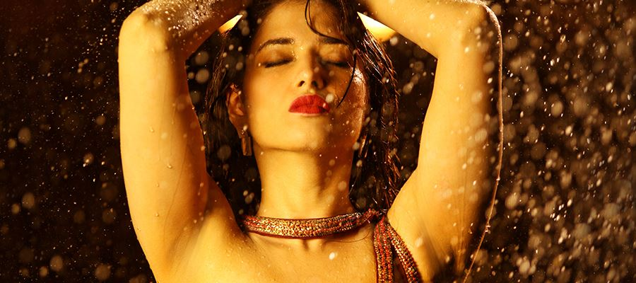 Tamanna says 'YES' to Flop Director once again