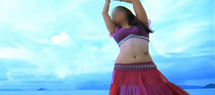 This Actress has inked 'Tattoo' on her Hip - Guess Who?