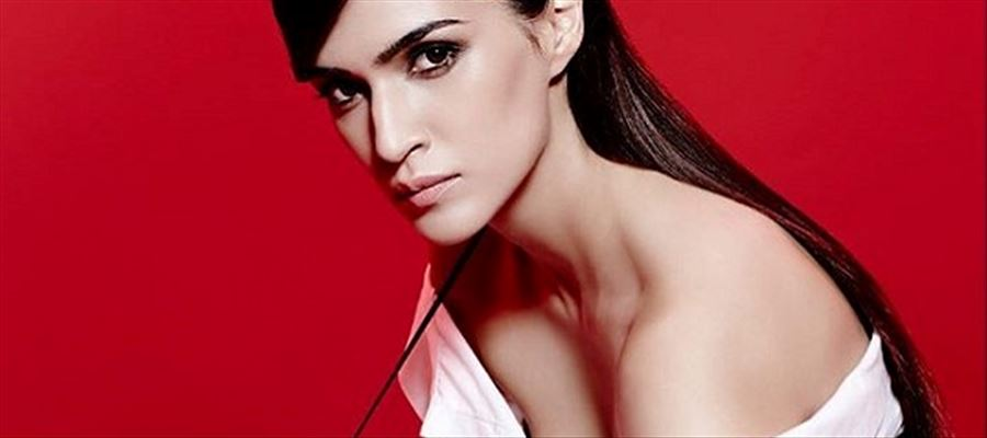 Smoking girls can be preferred to marry says, Kriti Sanon