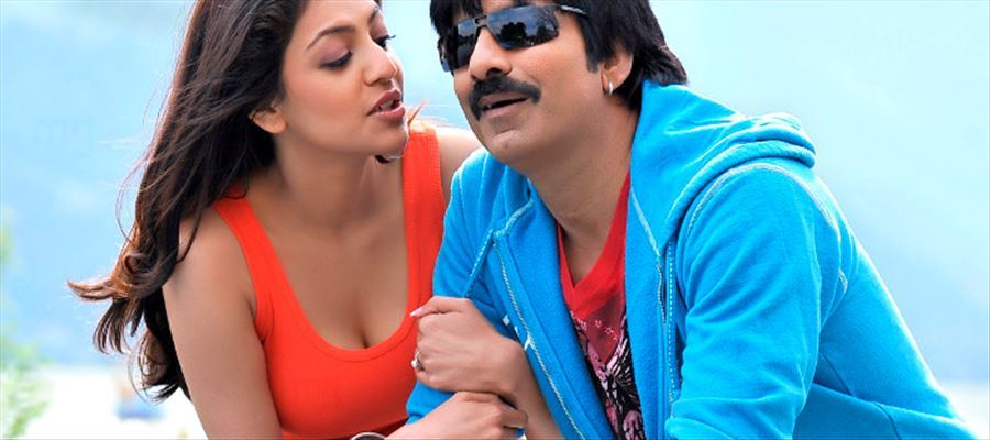 Kajal Aggarwal aiming for Perfect Threesome with 50-Year-Old Actor