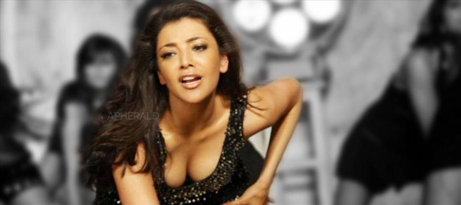 Kajal faces Oops moment as her Tops fall off during a Swimming Pool shot
