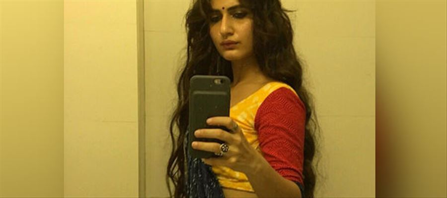 Netizens blast at 'Dangal' Actress for posting 'Shameless Selfie'