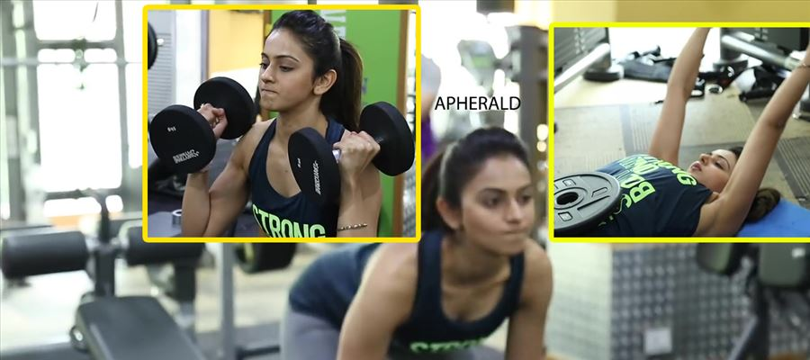 EXPOSED !! When Rakul Preet was doing Work Out in the Gym with a Sleeveless Crop Top... Photos Inside