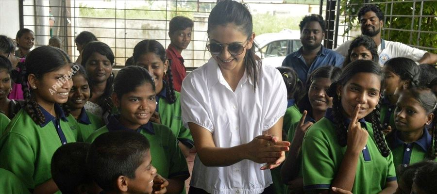 The way Rakul Preet celebrated her Birthday will move your hearts - More Photos Inside