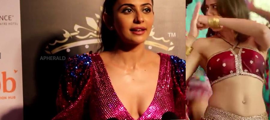 Support Staff gets Tempted and tries to touch Rakul Preet inappropriately during shoot