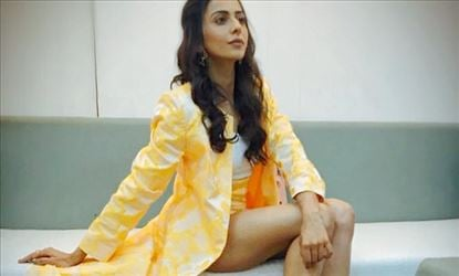 Oh No... Rakul Preet gives a 'SHOCK' to everyone in Public again - Cameras never missed!