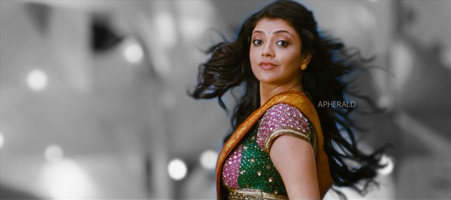 Kajal keeps everyone hooked...