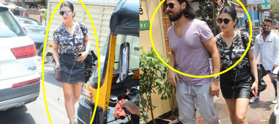 Revisit: Shruti spotted along with her Boyfriend in the Streets - Photos Inside