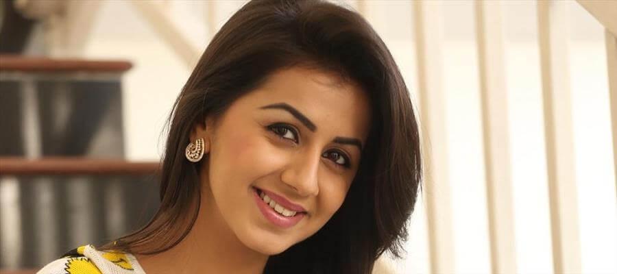 Why Nikki Galrani refuses to act in Telugu movies???