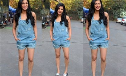 22 Photos of Shruti Haasan in a short frock will make your Sunday even more special