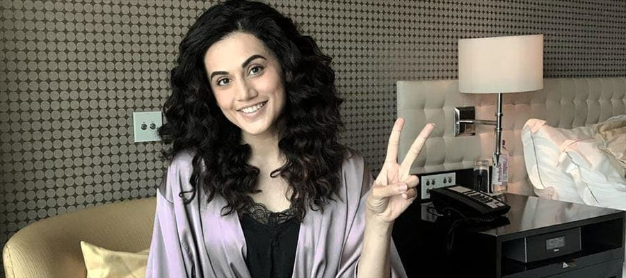 Taapsee's answer to a fan who proposed will surprise you