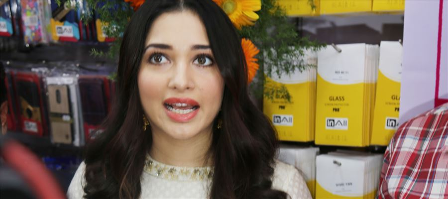 35 Photos of Tamanna at a Mobile Store Launch