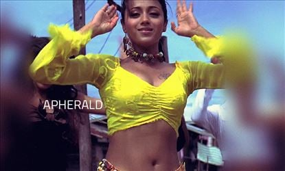 Trisha did 'THAT SCENE' herself and never hesitated at all - Photos Proof Inside