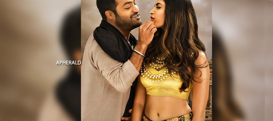 #AravindaSametha Extended Weekend Worldwide Collection Report - 65.10 Crores share in just 4 Days