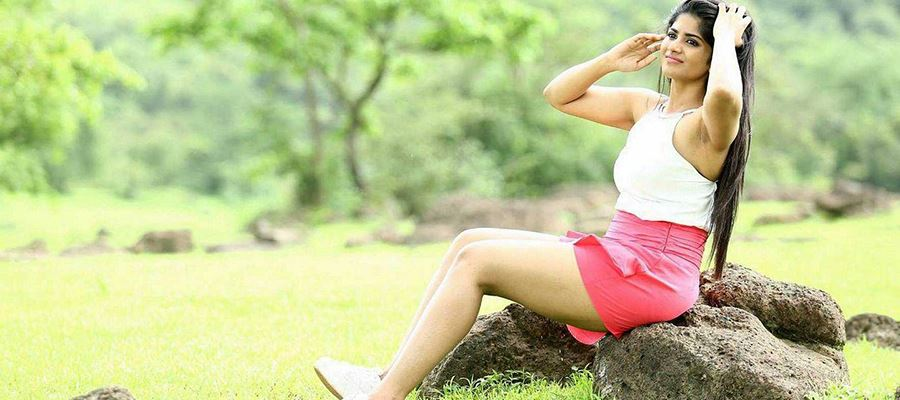Will 'Thigh Beauty' Megha say yes to Producer turned Actor?