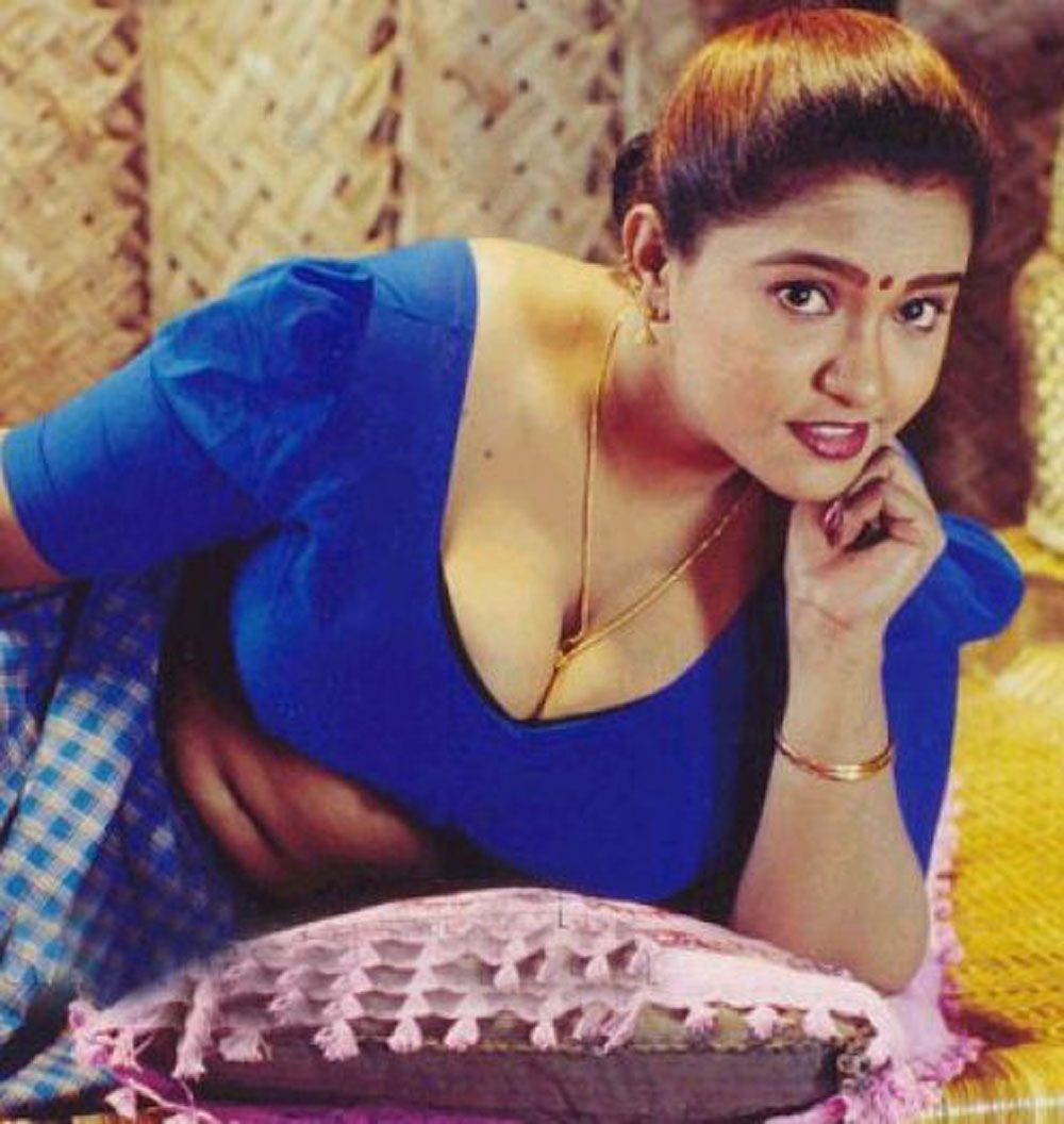 Kerala anty hot picture #9