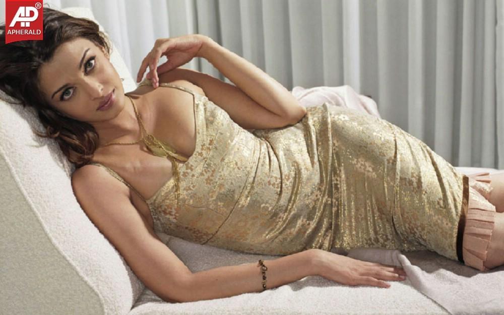 Are absolutely bollywood actress aishwarya rai boobs sorry