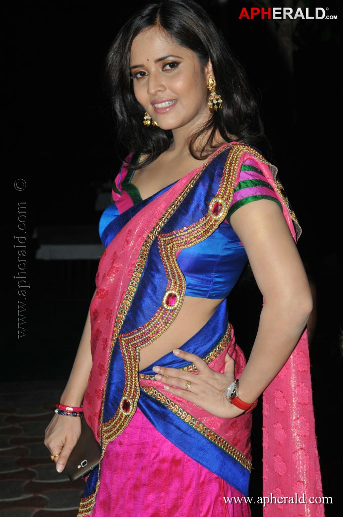 Anasuya Hot Navel Show