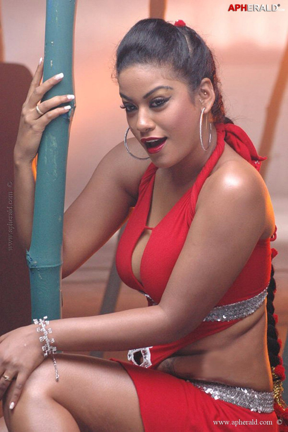 Watch Mumaith Khan video