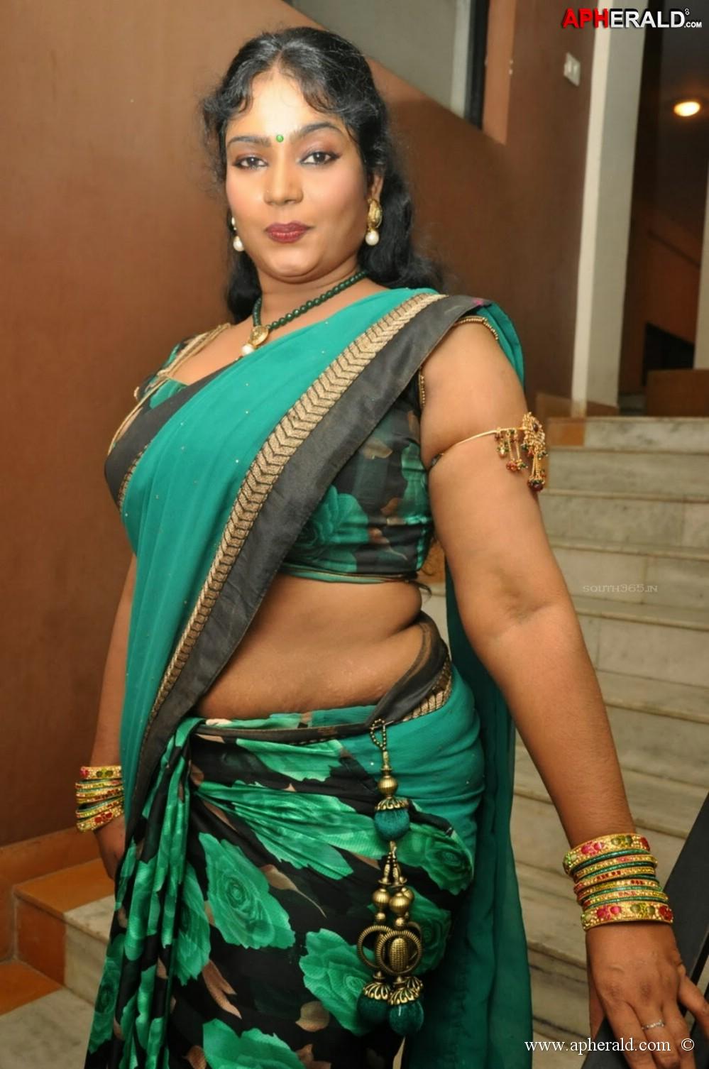 Sexy Telugu Lo  Telugu Gay Sex Stories - 2018-10-06