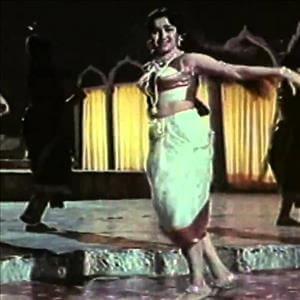 Raat Ka Sama Jhoome Chandrama, Asha Parekh