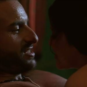 Konkona Sen Sharma gets cosy & intimate with Saif Ali Khan