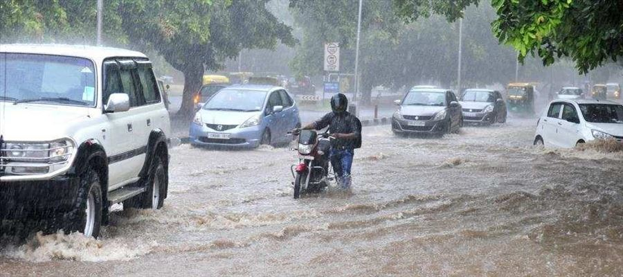 Heavy Rain Lash Chandigarh & Surrounding Areas Photos