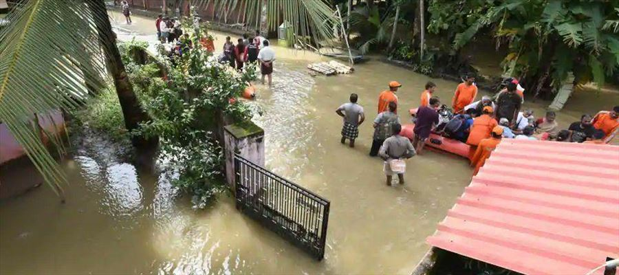 KerelaFloods: God's Own Country is shattered & these pictures will melt your heart