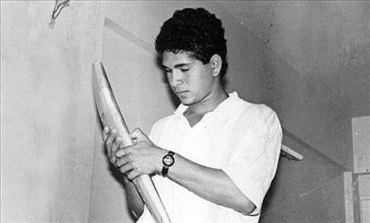 B'day Special: Rare & Childhood Pictures of Sachin Tendulkar